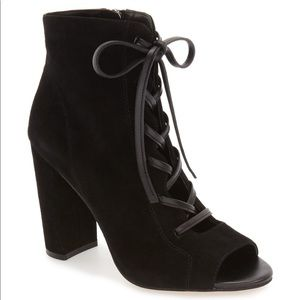 Sam Edelman Yvie lace up suede booties size 6